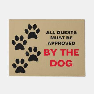 Tapete Todos os convidados devem ser aprovados pelo