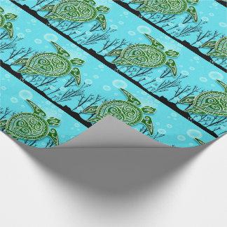 Tartarugas de mar verde que nadam sob a água papel de presente