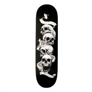 Tatuagem dos crânios shape de skate 19,7cm