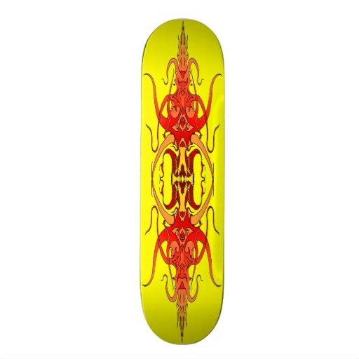 Tatuagem tribal do demónio - plataforma vermelha d skate boards