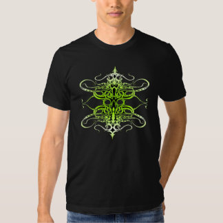 Tatuagem tribal do império - verde no preto tshirts