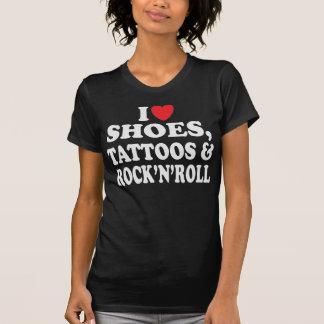 Tatuagens dos calçados & camisa do Rocha-N-Rolo T