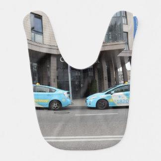 Táxis de táxi em Vilnius Lithuania Babador Infantil