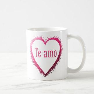 Te amo, eu te amo no espanhol no rosa caneca de café