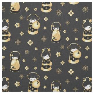 Tecido Bonecas japonesas e flores do ouro preto elegante