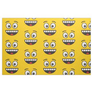 Tecido Cara de sorriso com boca aberta