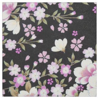 Tecido Falln que conecta flores cor-de-rosa