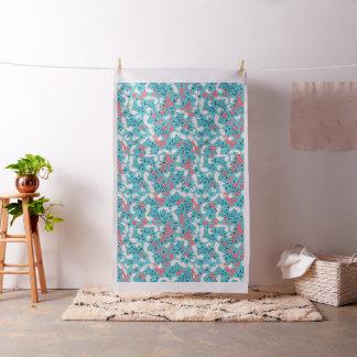 Tecido Flores brancas das bagas cor-de-rosa