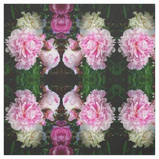 Tecido Peônias cor-de-rosa e brancas