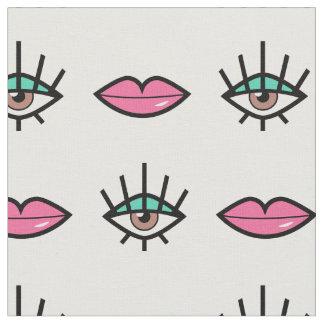 Tecido Teste padrão Kitschy dos olhos & dos lábios