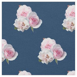 Tecido Três rosas cor-de-rosa
