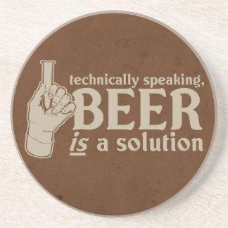 tecnicamente falando, a cerveja é uma solução porta-copos