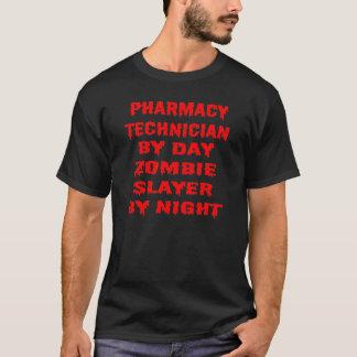 Técnico da farmácia pelo assassino do zombi do dia camiseta