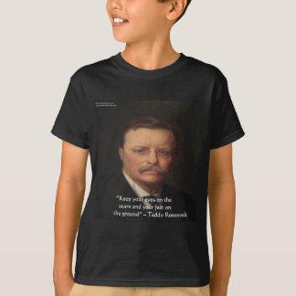 """Teddy Roosevelt """"pés"""" no presente à terra das Camiseta"""