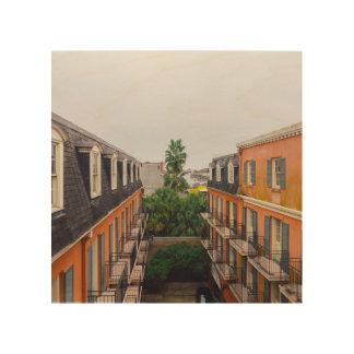 Tela De Madeira Construções e palmeiras em Nova Orleães