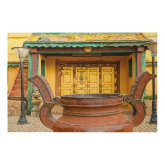 Tela De Madeira Exterior de construção do monastério