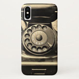 Telefone giratório do vintage na capa de telefone