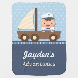 Tema náutico pequeno do menino de marinheiro para manta de bebe