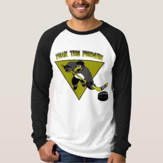 Tema o t-shirt do pinguim camiseta