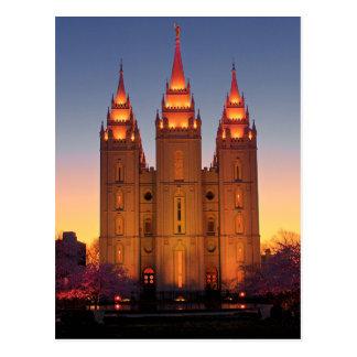 Templo de Salt Lake do cartão no crepúsculo