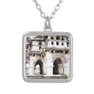 Templo indiano colar com pendente quadrado