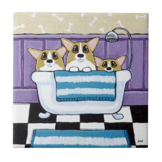 Tempo do banho do Corgi - arte bonito do cão Azulejos