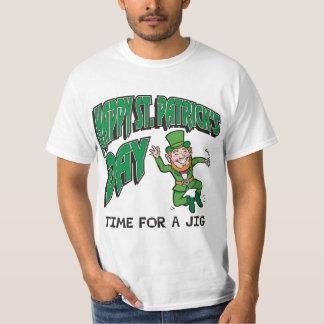 Tempo do dia de St Patrick feliz para um gabarito T-shirt
