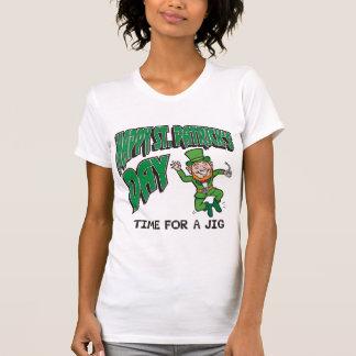 Tempo do dia de St Patrick feliz para um gabarito Tshirt