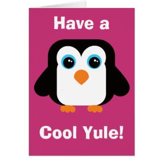 Tenha um cartão de Natal legal do pinguim de Yule