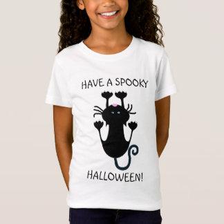 Tenha uma camisa engraçada assustador do gato
