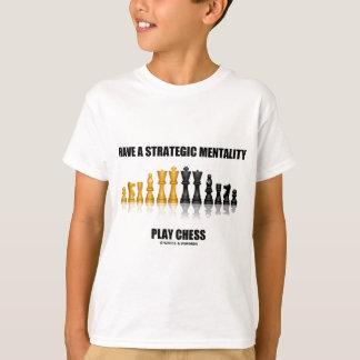 Tenha uma xadrez estratégica do jogo da camiseta