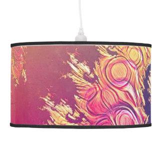 Tentáculos do polvo do arco-íris em uma espiral do luminária de teto
