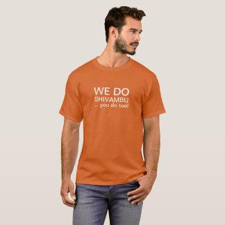 Terapia da urina de Shivambu nós fazemos a camisa