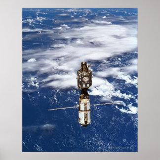 Terra de órbita satélite 4 posters