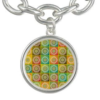 Tessellation floral braceletes