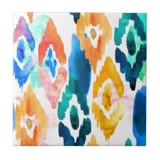 Teste padrão artístico de Ikat da aguarela no Azulejo Quadrado Pequeno