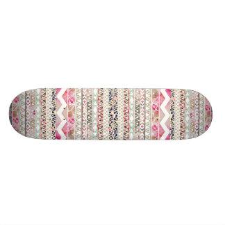 Teste padrão asteca abstrato floral branco cor-de- shape de skate 18,4cm