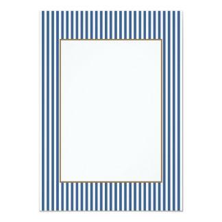 Teste padrão azul e branco da íris macia da cabana convite 12.7 x 17.78cm