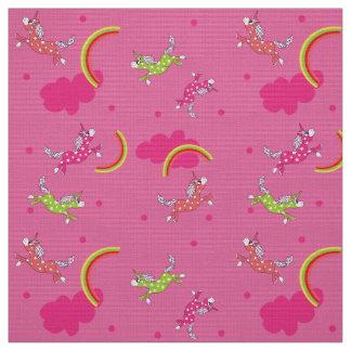 Teste padrão bonito dos desenhos animados do rosa tecido