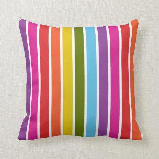 Teste padrão colorido da listra do arco-íris almofada