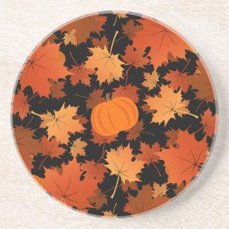 Teste padrão colorido da queda das folhas de bordo porta-copos