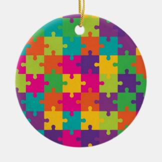 Teste padrão colorido do quebra-cabeça de serra de enfeite