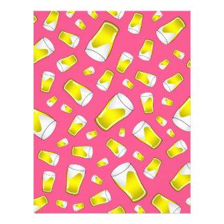 Teste padrão cor-de-rosa da cerveja panfleto personalizado