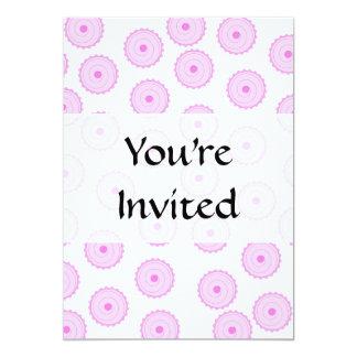 Teste padrão cor-de-rosa do cupcake convite 12.7 x 17.78cm