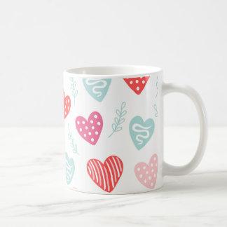 Teste padrão cor-de-rosa vermelho dos corações dos caneca de café