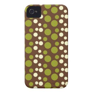 Teste padrão de bolinhas branco verde de Brown Capa Para iPhone 4 Case-Mate