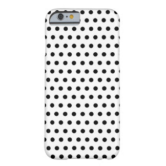 Teste padrão de bolinhas preto e branco. Manchado Capa Barely There Para iPhone 6