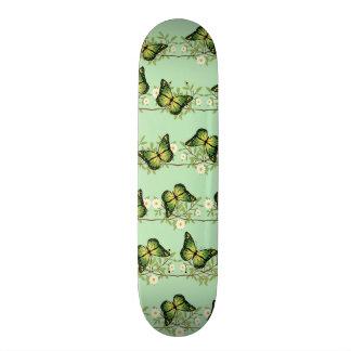 Teste padrão de borboletas verde shape de skate 18,4cm
