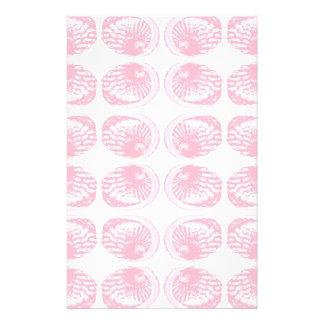 Teste padrão de escudos do rosa Pastel Panfleto Personalizado