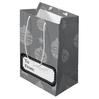 Teste padrão do cinza de prata dos enfeites de sacola para presentes média